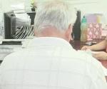 Sufren pensionados y jubilados en el IMSS