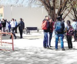 Abandonan universidad por falta de recursos