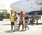 Reciben a 246 cubanos más