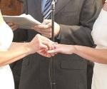 Se casan diez parejas del mismo sexo por mes
