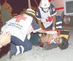 Familia herida en volcadura