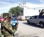 Atacan negocio con granadas; 1 muerto