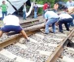 Condiciona CNTE dejar vías del tren