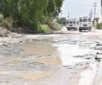 Queda calle destrozada