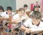 Presentan exámenes más de 7 mil alumnos