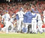 ¡Urias y Dodgers lo logran!