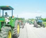 Amagan campesinos en todo el país por recortes