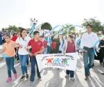 Realizan caminata por la educación especial