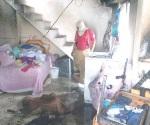 Salvan bomberos patrimonio familiar