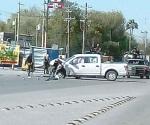 Aseguran vehículos en persecución