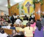 Piden festejar a fieles difuntos