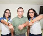 Crean alumnas pulsera para dar alertas