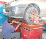 Realiza la CMIC el primer taller de mecánica básica