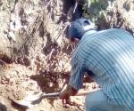 Encuentran 33 cuerpos en fosas clandestinas