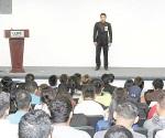 Gana en oratoria Irving Treviño M.