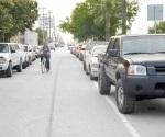 No respetan ciclovías en la colonia Ribereña