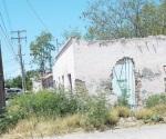 Piden busquen solución a casas abandonadas