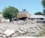 En 15 días termina demolición de Centro de Salud