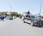 Impacta patrulla automóvil