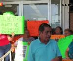 Bloquean COMAPA-Reynosa; ya no soportan aguas negras en sus casas