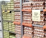 Sigue caro el huevo pese a que bajó costo