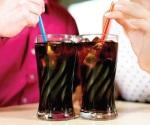 Aumenta demanda de refrescos por el intenso calor