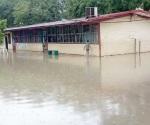 Suspenden clases en las escuelas por inundaciones
