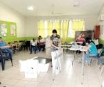 Ciudadanos ayudaron a abrir casillas, ante falta de funcionarios en diversos  lugares de la ciudad
