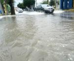 Deja encharcamientos lluvia registrada ayer por la mañana