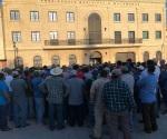 Protestan trabajadores del Ayuntamiento en Matamoros