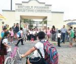 ´Candadean´ escuela por falta de maestros