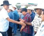 Líder de autodefensas se reúne con 'columna'
