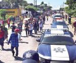 Vulneran frontera miles de migrantes