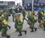 Encabeza el gobernador el desfile revolucionario en Victoria