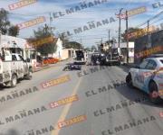Choca moto contra patrulla de la Policía Estatal