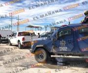 Abandonan en camioneta a un muerto y 4 amarrados por carretera a Monterrey