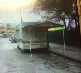 Limpian las calles de puestos y 'chatarra' en Río Bravo