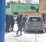 Nutrida balacera con policías