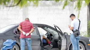 Identifican y reclaman cuerpos ejecutados a quemarropa cerca de la Universidad Valle de México