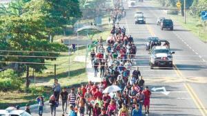Denuncia el INE entrada violenta de migrantes