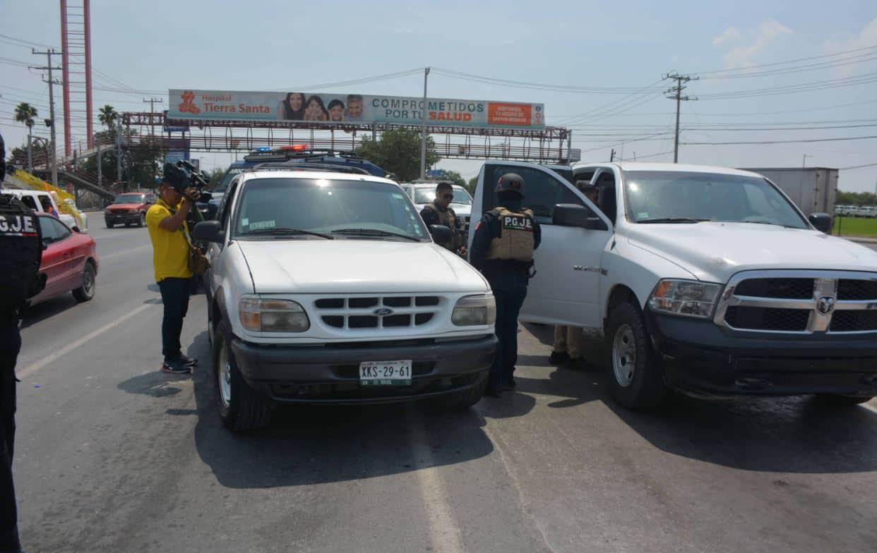 Sólo uno de los dos que iban a bordo de la camioneta fue detenido.