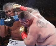 Mexicano arrebata título pesado a Anthony Joshua