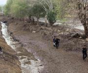Desborda río en San Gabriel; apunta tragedia en Jalisco a aguacateros