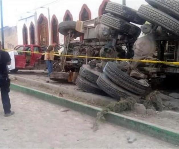 Mata a 25 peregrinos camión sin frenos