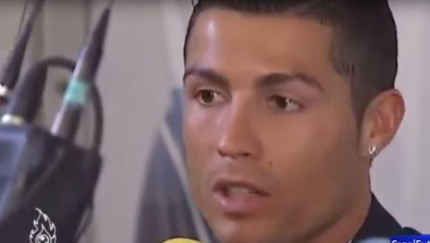 Cristiano Ronaldo se enfada con un periodista por una pregunta de Pique y Kevin Roldan • 2015