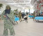 Exhiben fuerzas armadas su equipo, unidades y personal