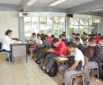 Aceptan evaluación 25 maestros del CTIS número 71