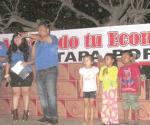 Benefician a cientos de familias con Festival del Huevo