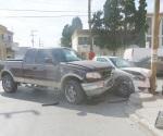 Le fallan los frenos y provoca accidente