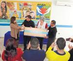 Reciben donativo para dar apoyo en consultas médicas